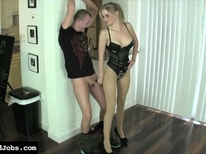 Busty blonde Vanessa Vixon puts on a sexy lingerie and pleases a guy
