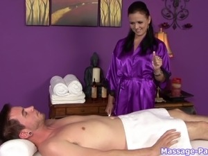 Blowjob and handjob from masseuse makes him cum