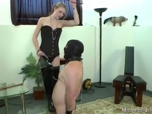 Booted bitch Mistress Riley in Femdom action