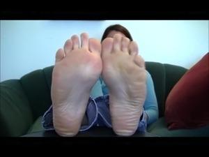 Brunette Gorgeous Feet Perfect Soles
