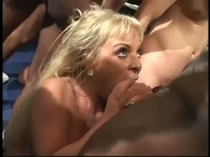Skilled blond mommy Ashley Moore takes part in fancy BJ competition