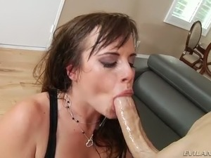 Curvy raven haired MILF with red nails Virgo Peridot gets butt fucked rough