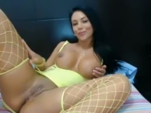 I feel like a prisoner to her every time I watch this babe masturbate