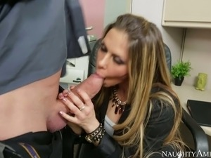 Dazzling secretary Rachel Roxxx gives stout blowjob to her boss Billy Glide