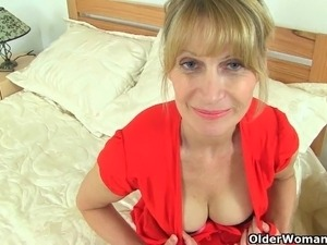 Britain's sexiest milfs part 4
