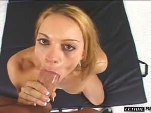 Sporty babe takes on a long dong with her juicy tunnel of love