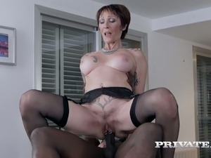 Lustful cougar Catalya Mia knows how to handle a big cock in her pussy