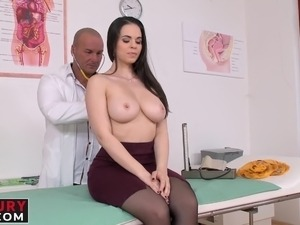 Nekane gets her pussy licked and fucked by a hot doctor