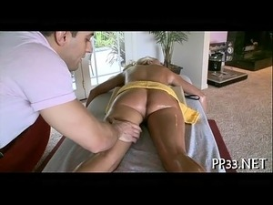 Delighting chick with oil massage