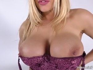 Bigtit MILF Olivia suck and fuck big black cock