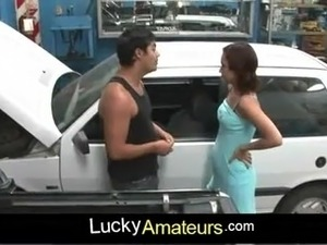 Amateur sex in a car repair feat. Cordoba
