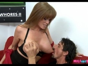Mature Mom still loves the Cock