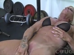 Muscled Pussy Is Too Powerful For Fuck Machine