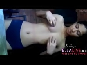 Desi indian beauty - EllaLive.com