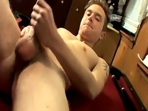 Feet liking gay free Aiming For A Self Facial