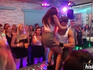 Horny girls like to pleasure random dudes at a nice night party