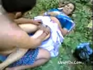 Desi Devar bhabi outdore sex- Newhdx.com