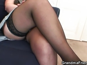 Old grandma getting double-fucked
