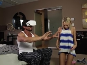 Horn-mad dude in 3D virtual glasses gets a real blowjob from his GF
