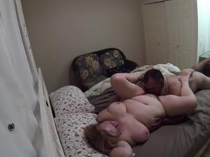Amateur MILF slut wifes squirting pussy on live webcam