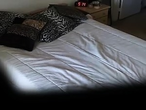 Amateur Ebony Princess Loves Scary Movies And Solo Scenes