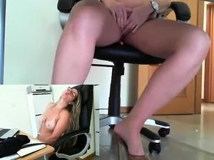 Voyeur Blonde MILF Jodi West