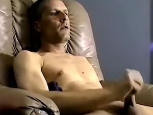 Free mobile amateur gay sleeping porn and twink kiss tube first time T