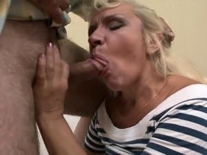 Mature amateur granny hardcore anal fucking