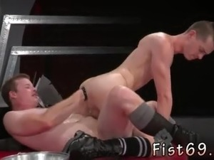 Fat man gay sex nude In an acrobatic 69  Axel Abysse sticks his arm in