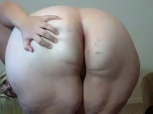 Amateur pallid blonde big lady exposed me her really enormous ass