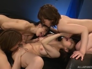 Bunch of naked Japanes babes explore a girl's pussy