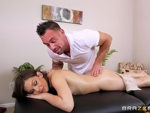 Pretty face Kimber Woods going to this massage was the best choice