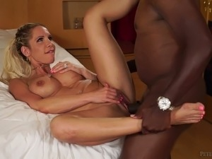 Huge breasted blonde housewife Nadia North takes strong BBC in her slit