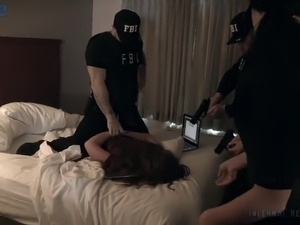 Bootylicious submissive Abigail Dupree gets metal hook right in her bubble ass
