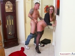 Huge breasted sexpot in glasses Skylar Snow gets nailed from behind