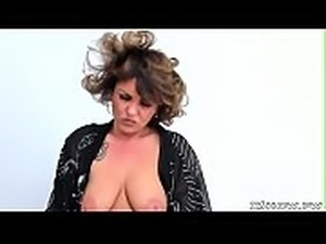 Horny Mature Mother Orgasm
