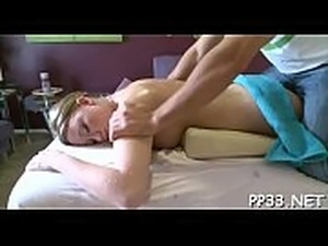 Hunk is having fun taming alluring babe&#039_s lustful cum-hole