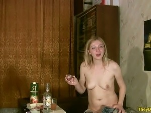 This prurient wench is showing a bit of everything on cam