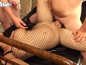 Curvaceous bombshells share lots of strong cocks during kinky orgy