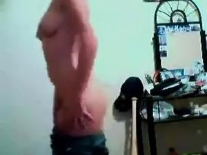 Turkish webcam strip tease