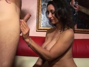 Seducing And Fucking Hot Milf Persia