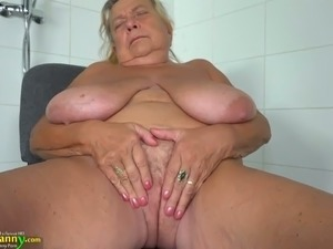 75 years old bitch with droopy melons masturbates in the shower