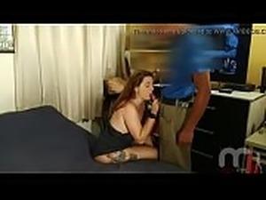 Mulher paga manuten&ccedil_&atilde_o de TV com sexo