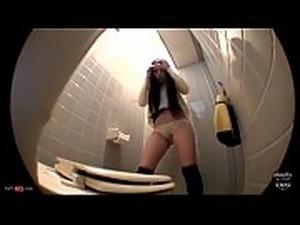 Cute Japanese Peeing Herself in the Bathroom